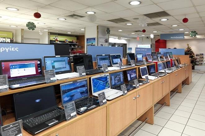 Μειώθηκαν κατά 50% οι πωλήσεις ηλεκτρονικών υπολογιστών στην Ελλάδα