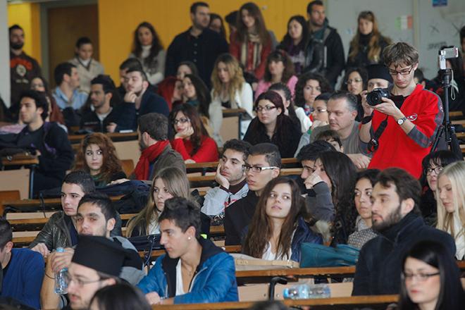 Ξεκινούν αύριο οι αιτήσεις για μετεγγραφές φοιτητών