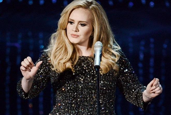 Η Adele συνέτριψε την Taylor Swift με τον νέο της δίσκο