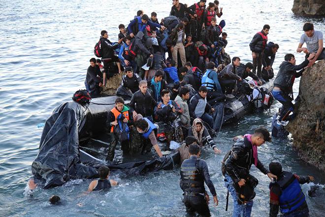 Η απάντηση της Κομισιόν για το πόσο θα παραμείνουν οι 50.000 πρόσφυγες στην Ελλάδα