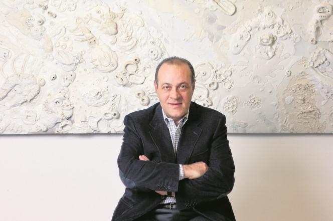 Η DECA του Δημήτρη Δασκαλόπουλου ξεκίνησε τις επενδύσεις στην Ελλάδα