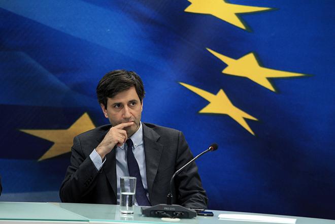 Για μείωση φόρων στα επόμενα δύο χρόνια έκανε λόγο ο Γιώργος Χουλιαράκης