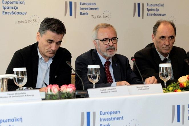 Το σχέδιο της ΕΤΕπ για να στηρίξει την ελληνική οικονομία