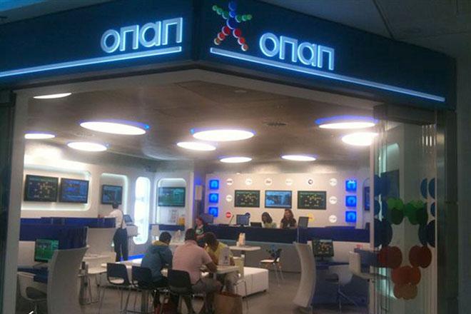 """(Ξένη Δημοσίευση) Ένα νέο – πρότυπο πρακτορείο της ΟΠΑΠ λειτουργεί στους χώρους αναχώρησης των επιβατών του αεροδρομίου """"Ελ.Βενιζέλος"""" από τις 29 Μαΐου, προσφέροντας την ευκαιρία σε όλους τους ταξιδιώτες, πριν την επιβίβασή τους στο αεροσκάφος, για ...απογείωση προς την τύχη, σε ένα περιβάλλον άνετο και ευχάριστο . ΑΠΕ-ΜΠΕ/ΟΠΑΠ Α.Ε./STR"""