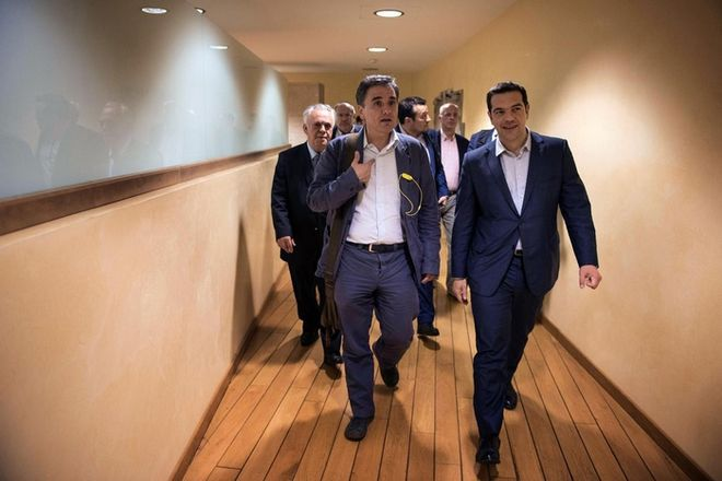 Eπιπλέον μέτρα 2 δισ. ευρώ ζητά η Κομισιόν