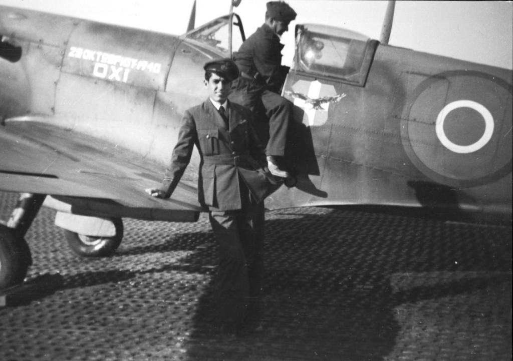 """Επιστρέφοντας στην Ελλάδα από την Ιταλία στις 14/11/1944 με το """"ΟΧΙ"""" spitfire της 336 Μοίρας."""