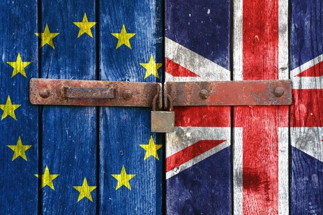 Ο μεγιστάνας των ΜΜΕ που τάσσεται υπέρ του Brexit
