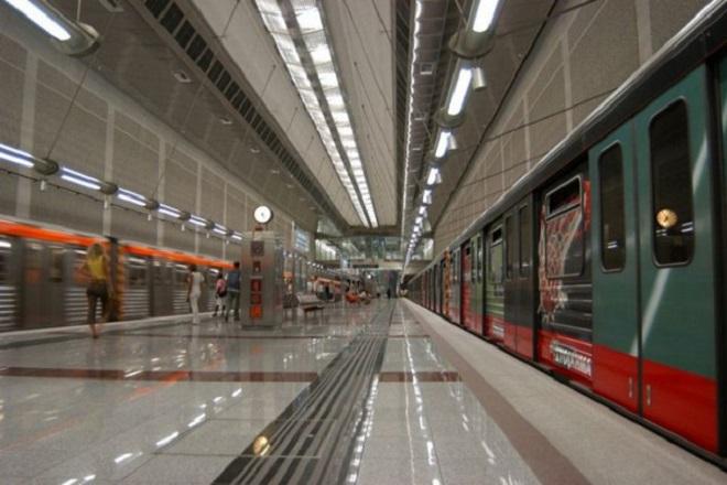 Κάμερες και μέσα στους συρμούς του Μετρό