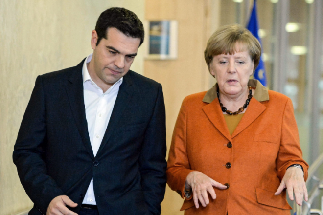Έξοδο του ΔΝΤ από το πρόγραμμα θα ζητήσει ο Τσίπρας από τη Μέρκελ