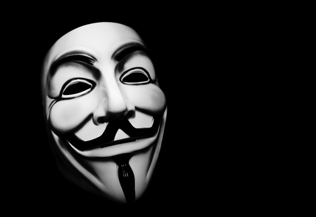 Αντίποινα των Anonymous Greece στους Τούρκους χάκερ: «Έριξαν» τουρκικές ιστοσελίδες και το 112