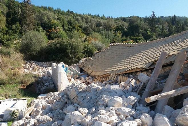 Λευκάδα: Η επόμενη μέρα για τους σεισμόπληκτους