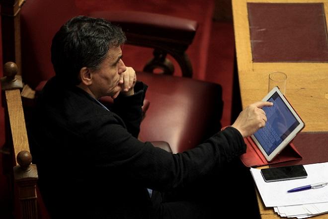 Ξεκίνησε στη Βουλή η συζήτηση για τον προϋπολογισμό του 2016