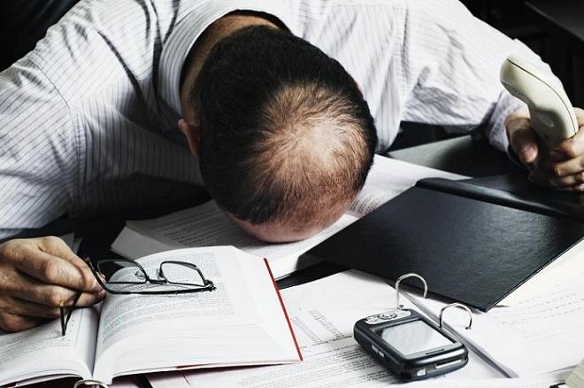 Σταματήσετε να δουλεύετε πάρα πολύ – Το λένε και οι διευθυντές