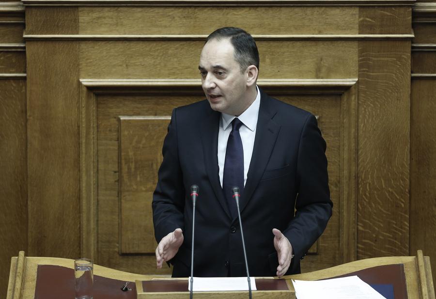 Πυρ ομαδόν κατά της κυβέρνησης για τον προϋπολογισμό
