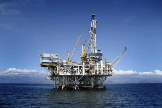 Πολυεθνικοί κολοσσοί οσμίστηκαν ελληνικό πετρέλαιο