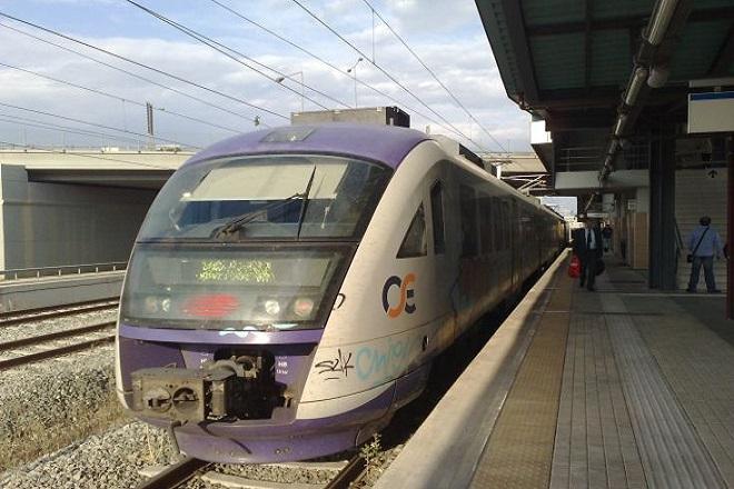 Ανεστάλη η απεργία σε τρένα και προαστιακό