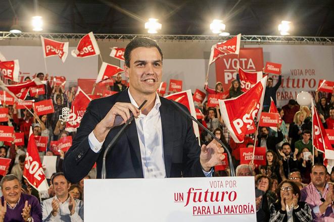 Ισπανικές εκλογές: Ο Σάντσεθ δεν αποκλείει μετεκλογική συμμαχία με τους Ciudadanos