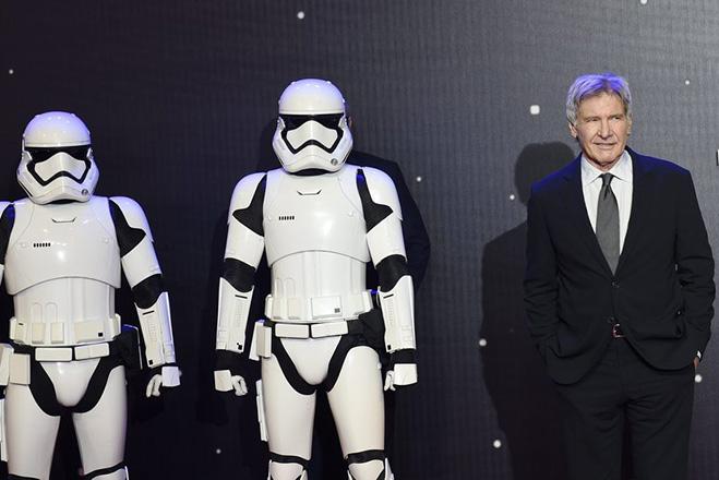 Το βάρος του σε χρυσάφι θα πληρωθεί ο Χάρισον Φορντ για την επιστροφή του στο Star Wars