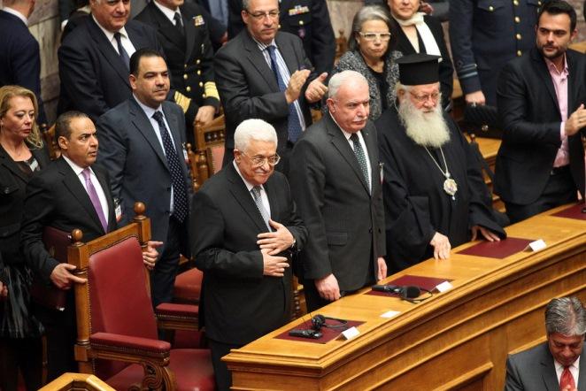 Ομόφωνα η Βουλή των Ελλήνων ζητά την αναγνώριση κράτους της Παλαιστίνης