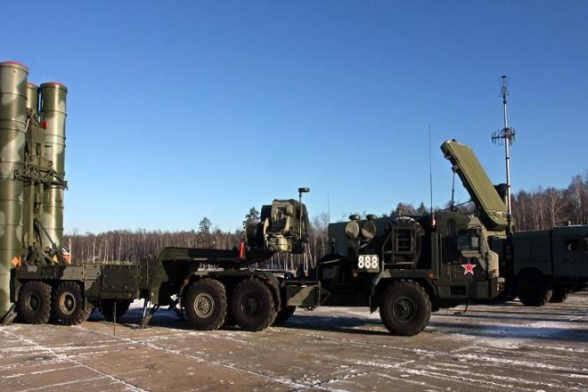 Με «ανταποδοτικά μέτρα» απειλεί η Τουρκία τις ΗΠΑ σε περίπτωση που της επιβληθούν κυρώσεις για τους S-400
