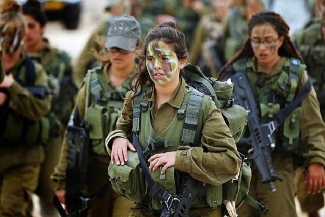 Θα πηγαίνουν τελικά οι γυναίκες στο στρατό;