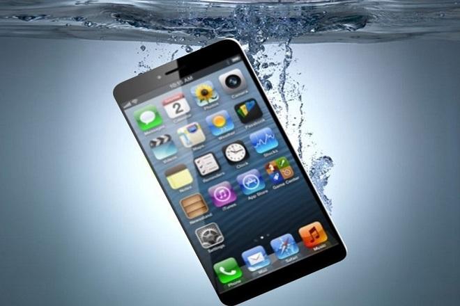 Το iPhone 7 θα είναι αδιάβροχο;