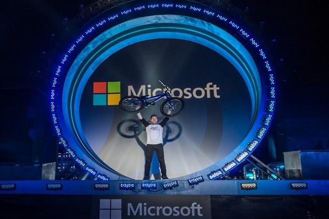 Μπορεί η Microsoft να ακολουθήσει την πορεία της Amazon στο cloud;