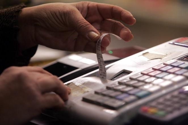 Mπλόκο στη φοροδιαφυγή με μηχανισμό στις ταμειακές μηχανές