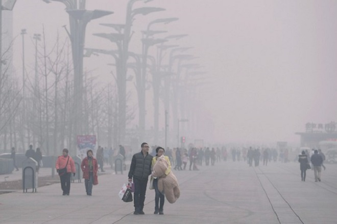 Το Πεκίνο θα κλείσει 2.500 επιχειρήσεις για να αντιμετωπίσει την ατμοσφαιρική ρύπανση