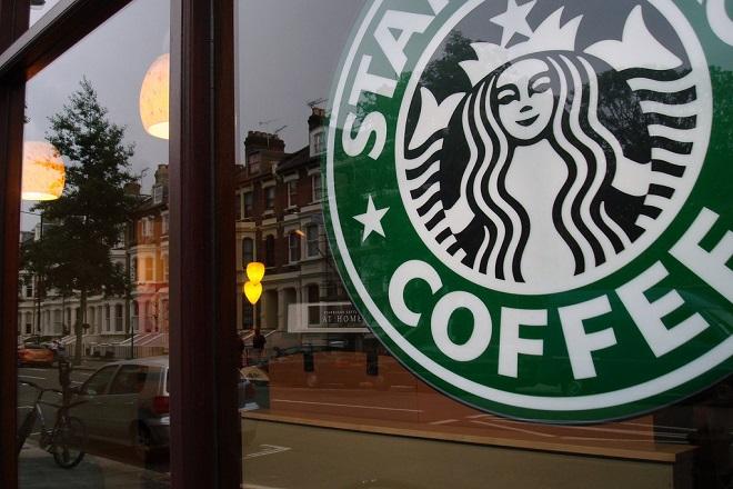 Τα Starbucks ανοίγουν το μεγαλύτερο κατάστημά τους στον κόσμο
