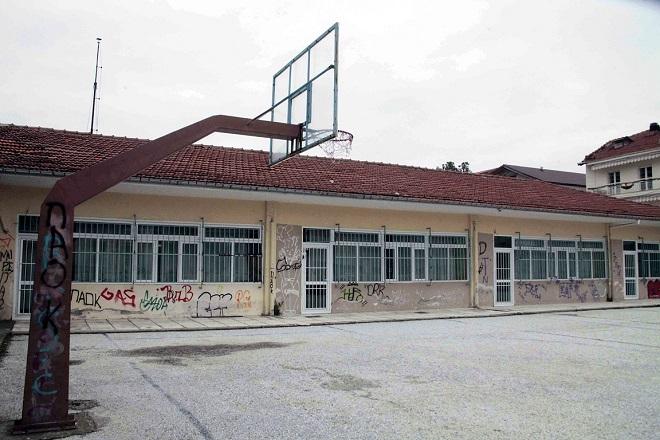 Δίδακτρα στα δημόσια σχολεία προτείνει βουλευτής του ΣΥΡΙΖΑ