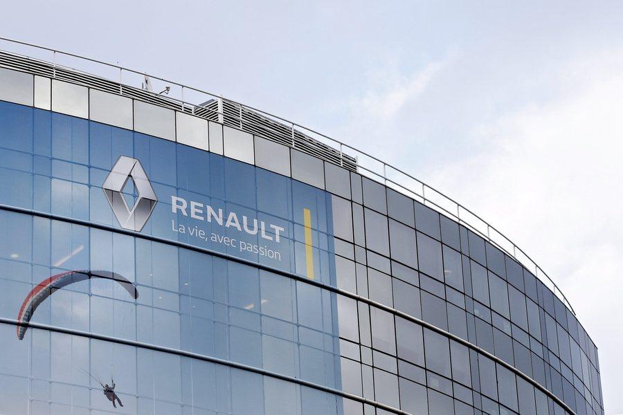 H Renault «βλέπει» συγχώνευση με Nissan και Fiat Chrysler- Τα σχέδια μετά τον Γκοσν