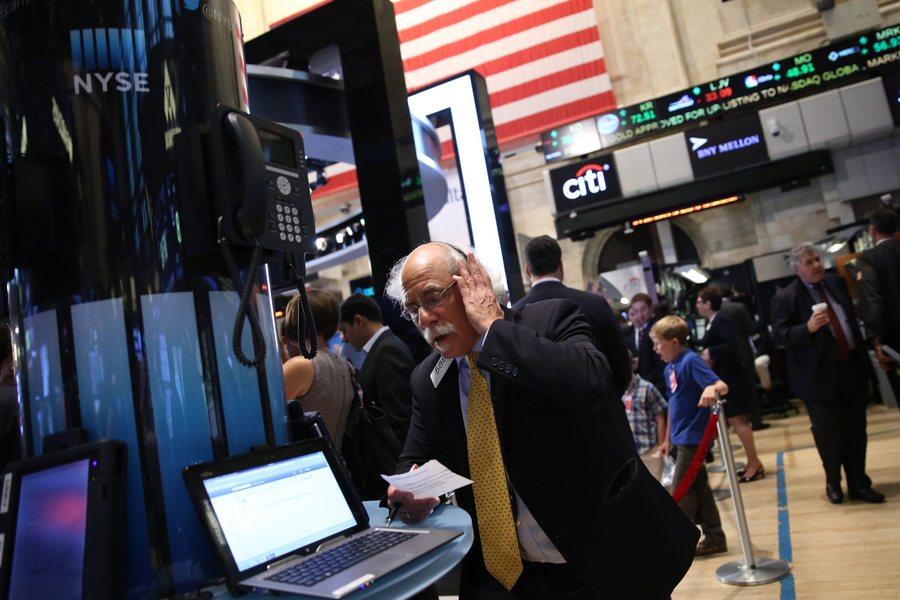 Τελειώνει το «πάρτι» των μπόνους στη Wall Street;