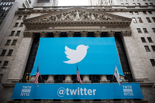 Πώς θα γινόταν το Twitter αν το εξαγόραζε η Disney, η Google ή η Salesforce
