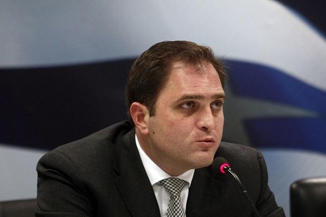 Ο νέος Γενικός Γραμματέας Δημοσίων Εσόδων Γιώργος Πιτσιλής μιλάει στους δημοσιογράφους κατά την διάρκεια της τελετής παράδοσης- παραλαβής της Γενικής Γραμματείας Δημοσίων Εσόδων στο υπουργείο Οικονομικών, Πέμπτη 21 Ιανουαρίου 2016. ΑΠΕ-ΜΠΕ/ΑΠΕ-ΜΠΕ/ΑΛΕΞΑΝΔΡΟΣ ΒΛΑΧΟΣ