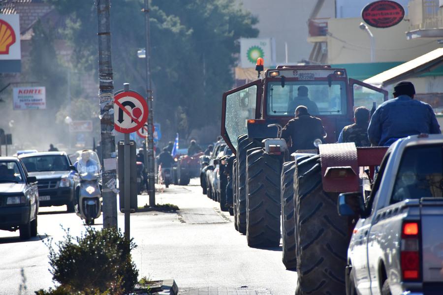 Η επιχείρηση παράκαμψης των μέτρων για τους αγρότες και οι αντιδράσεις