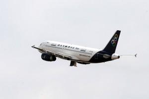 Αεροσκάφος της νέας Ολυμπιακής Αεροπορίας (Olympic Air) απογειώνεται από το αεροδρόμιο Ελευθέριος Βενιζέλος, Τρίτη 9 Οκτωβρίου 2012. ΑΠΕ-ΜΠΕ/ΑΠΕ-ΜΠΕ/Παντελής Σαίτας