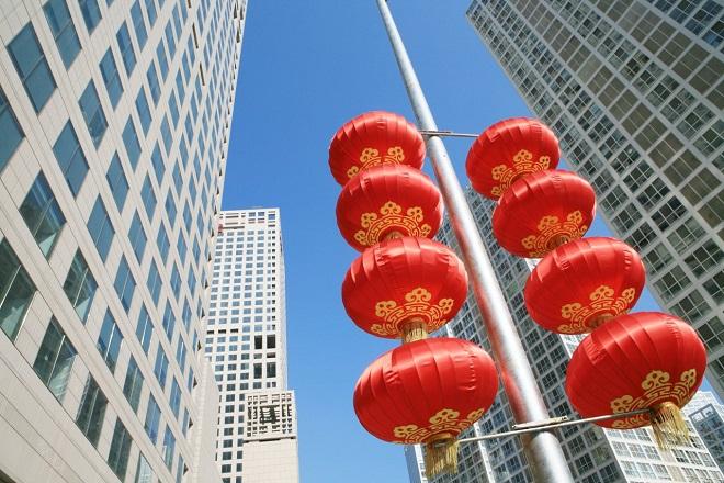 Οι Κινέζοι εξαγοράζουν ξένες εταιρείες σε τιμές ρεκόρ