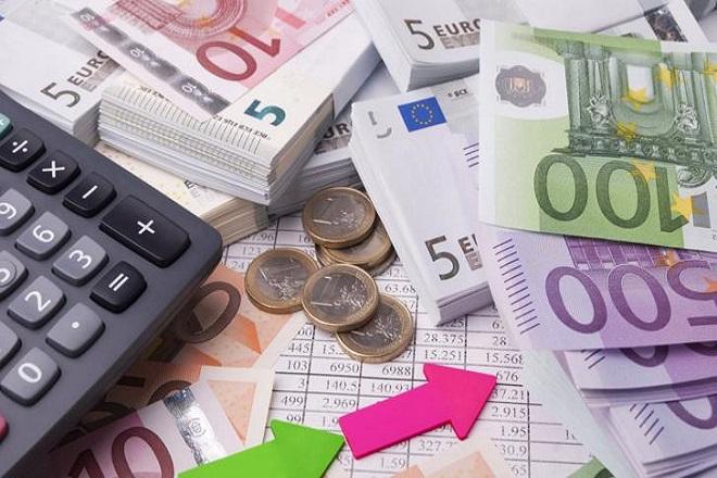 Εναλλακτικό σενάριο για τρεις κλίμακες φόρου στα εισοδήματα