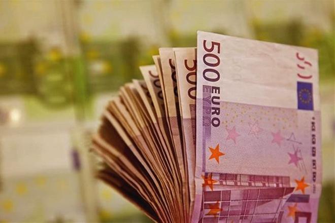 Την παραμονή των Χριστουγέννων η μεγάλη λοταρία των 10 εκατ. ευρώ