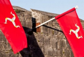 Isle_of_Man_Flag1