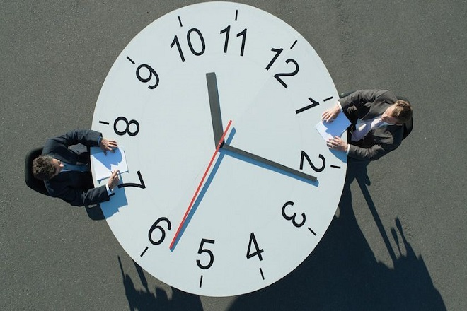 Δεν χρειάζεται να δουλεύετε 50 ώρες την εβδομάδα για να πετύχετε