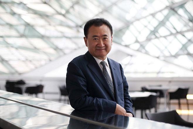 Ο πλουσιότερος άνθρωπος στην Κίνα δίνει συμβουλές επιτυχίας