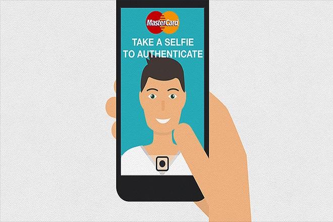 Κάντε τις αγορές σας και πληρώστε με μια… selfie