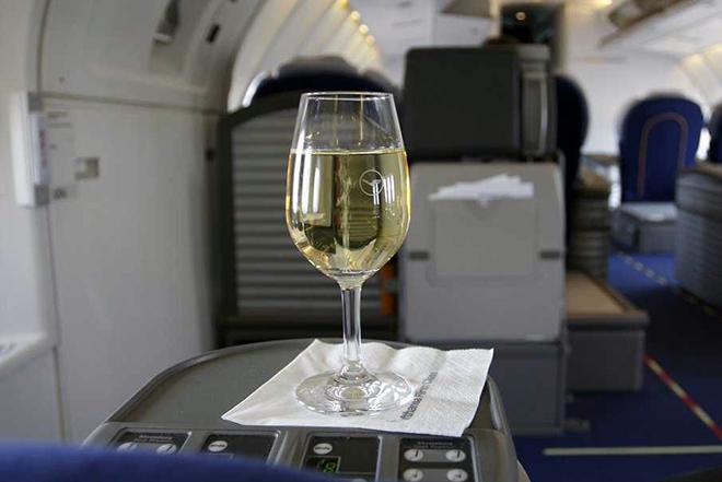 Οι αεροπορικές εταιρείες που προσφέρουν το καλύτερο κρασί!