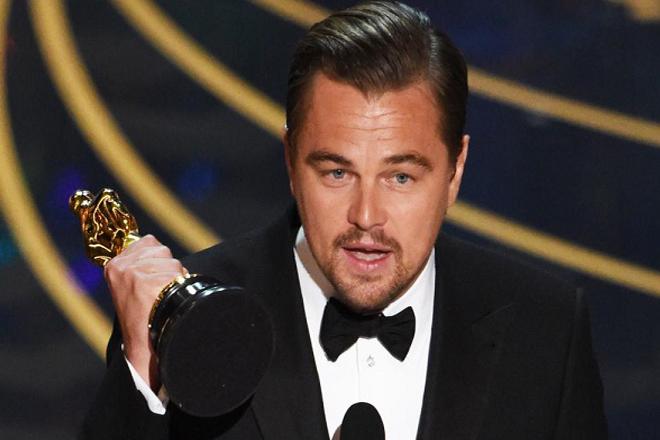 «Πήρε» φωτιά το διαδίκτυο με τη νίκη του Λεονάρντο Ντι Κάπριο στα Όσκαρ