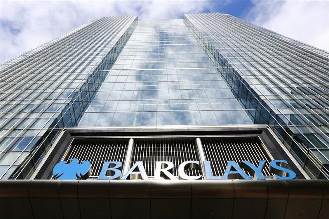 «Καμπανάκι» Barclays για την καταναλωτική εμπιστοσύνη στη Βρετανία