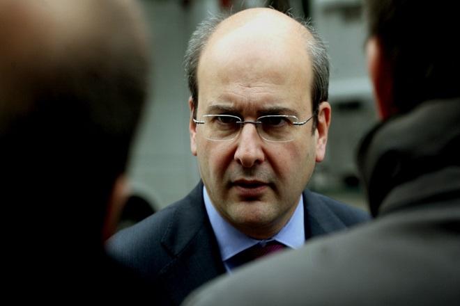 Χατζηδάκης: Ο κ. Τσίπρας να εγκαταλείψει τις «περίεργες συνταγές» για την οικονομία