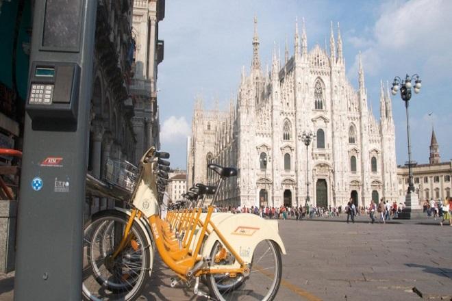 Το Μιλάνο πληρώνει τους κατοίκους για να πηγαίνουν με ποδήλατο στη δουλειά