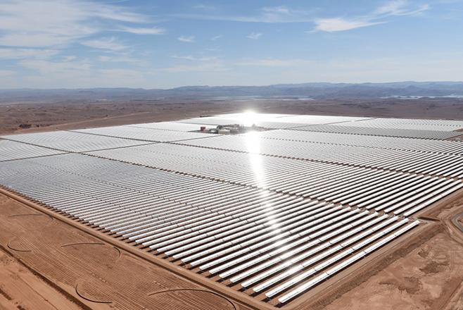 Το Μαρόκο παράγει ηλιακή ενέργεια και τη νύχτα